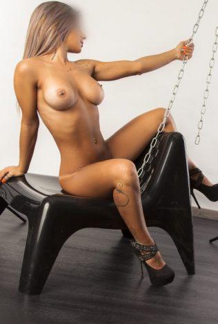 Bárbara Romero Striper BDSM