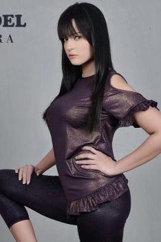 Indian Escort Sara Now in Dubai