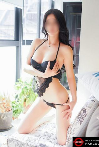 Kimmy the Korean masseuse... Korean godess will have you drooling to your knees, her tricks and techniques will drive you mad...
