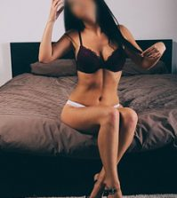 Kate - Beautiful Cardiff Escort: Gorgeous Welsh beauty Kate is a sexy escort in Cardiff. This charming young lady offers incall and outcall appointments